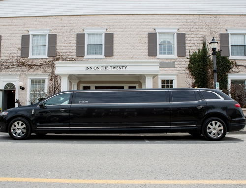 8 Passenger Stretch Lincoln Limo